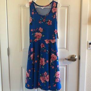 Medium (8) Lularoe Nicki Dress w/pockets. NWT.